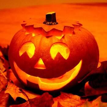 Как подобрать костюм на Хэллоуин и сделать грим