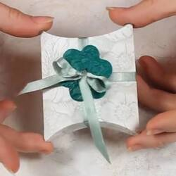 Стильная упаковка для подарка
